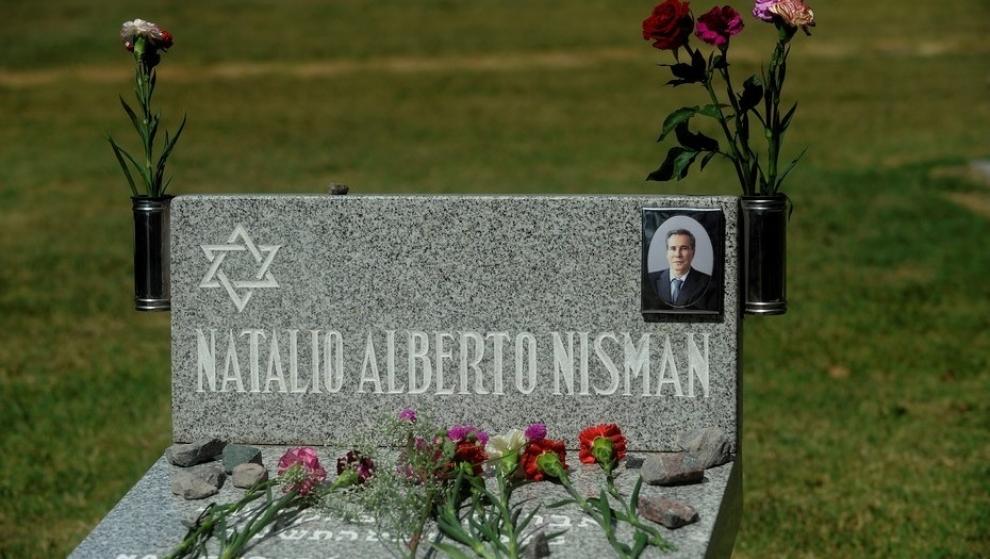 ceremonia-ntima-con-el-rabino-sergio-bergman-para-recordar-a-alberto-nisman-2018-01-18