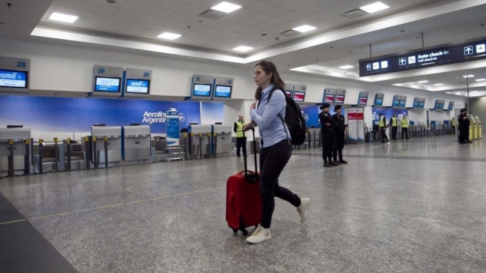 continua-el-paro-de-aerolneas-y-austral-2017-10-31