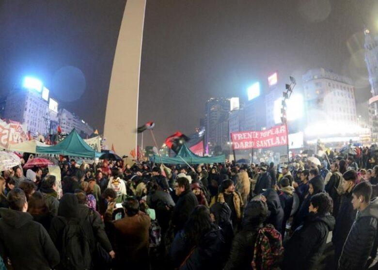 la-primera-protesta-contra-mauricio-macri-2016-07-14