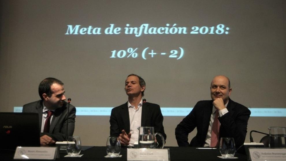 los-pronsticos-del-rem-para-2018-inflacin-de-30-y-dlar-en-diciembre-a-30-pesos-2018-07-03